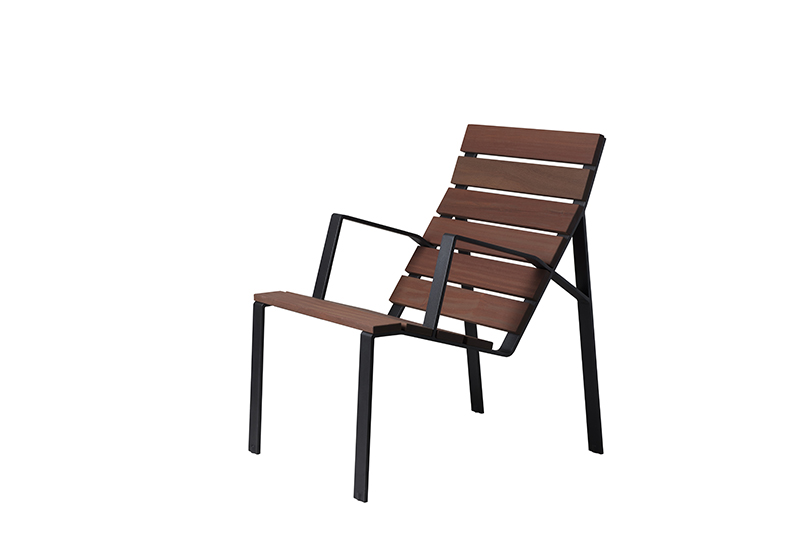 Harpo Lounge Chair